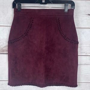NWT Missguided Cranberry Skirt